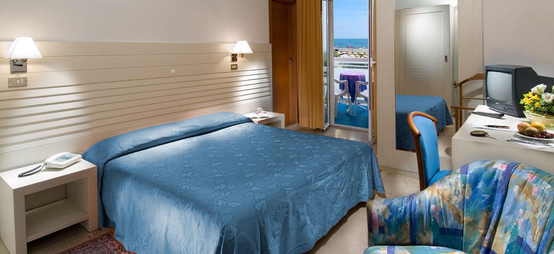 Listino Hotel Offerte Last Minute Riccione Hotel Per